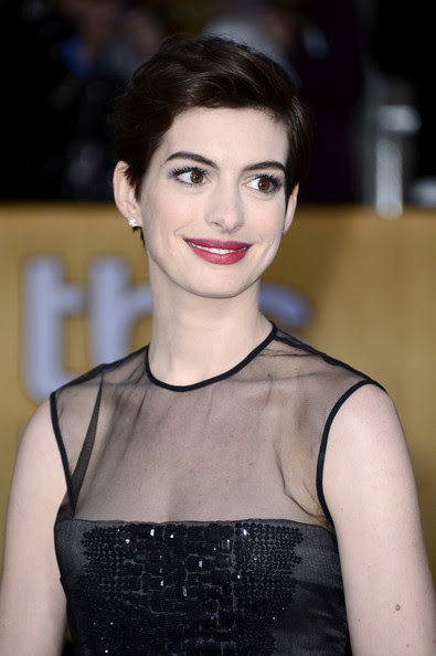 Actress Anne Hathaway arrives at the 19th Annual Screen Actors Guild Awards held at The Shrine Auditorium on January 27, 2013 in Los Angeles, California.