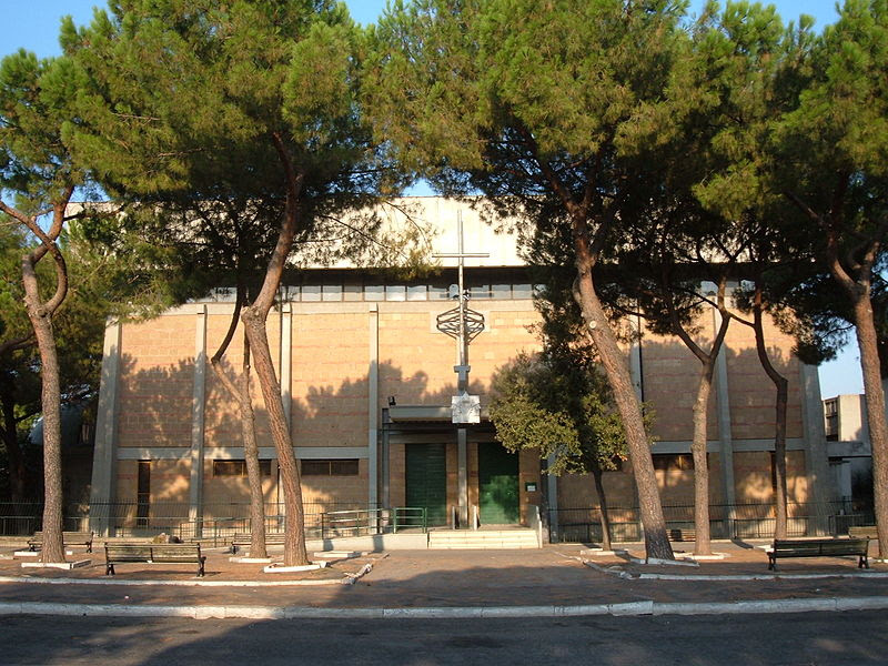 File: Tuscolano - S. Giuseppe Cafasso 06.jpg