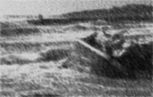 bw-sea-tide-shipwreck