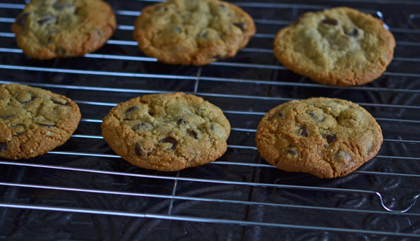 Gluten Free Chocolate Chip Cookies: Mrs. Fields copycat recipe
