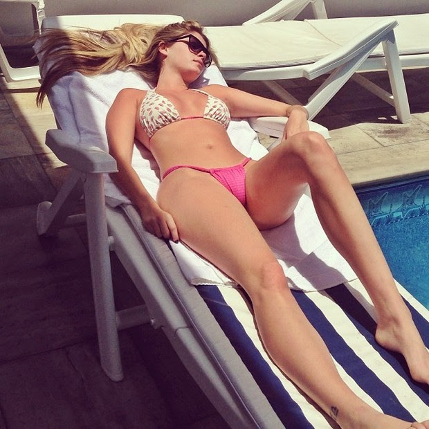 Bárbara Evans tomando sol (Foto: Reprodução/ Instagram)