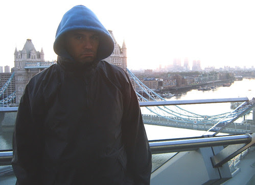 Neil looking cold & grumpy at 6.30am
