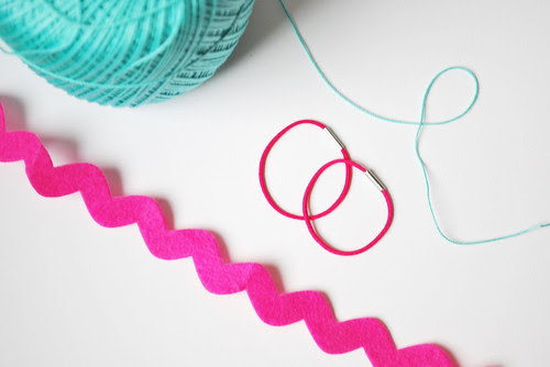 ric rac headband supplies