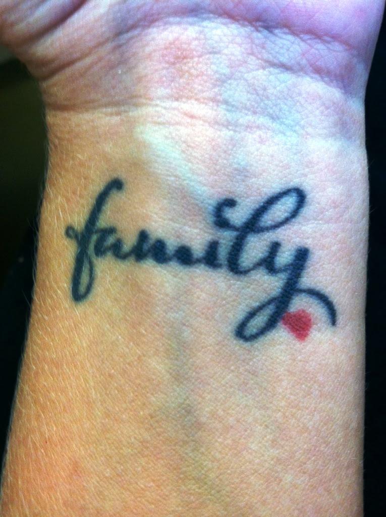 20 Small Family Tattoos Ideas And Designs - Yo Tattoo