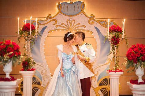 Cinderella Proposal Ideas ? Disney Proposal Photos in NYC