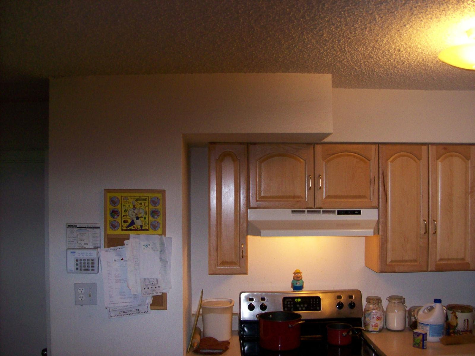 Ideas on what color to paint my kitchen and dining room ...