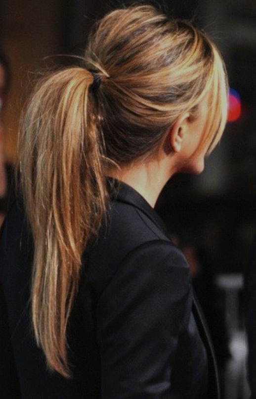 LE FASHION BLOG BEAUTY HAIR POST HIGH MESSY PONYTAIL WITH BUMP HIGHLIGHTS JEN ANISTON JENNIFER ANISTON HES JUST NOT THAT INTO YOU MOVIE PREMIERE BLACK TUXEDO JACKET HAIR INSPIRATION 2 photo LEFASHIONBLOGBEAUTYHAIRPOSTMESSYPONYTAILJENANISTON2.png