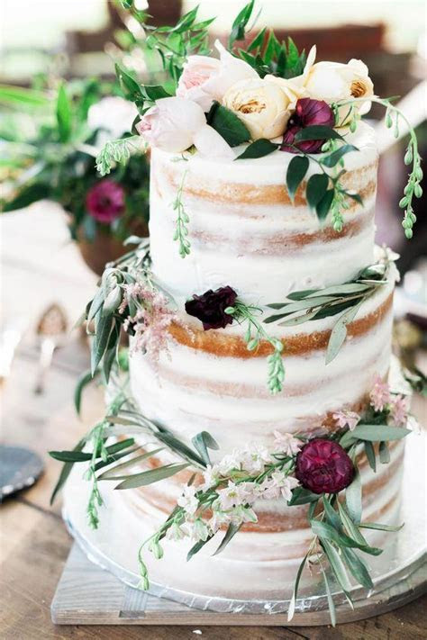 38 Woodland Wedding Cakes That Will Complete Your