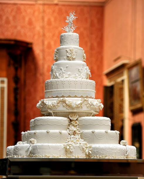 Detail of the wedding cake for The Duke and Duchess of Cambridge