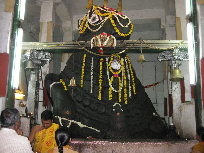 http://www.indiamike.com/files/images/69/82/09/bull-temple.jpg