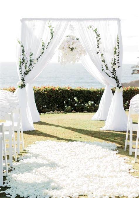 De 25  bedste idéer inden for Wedding chuppah på Pinterest