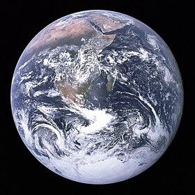 صورة معبرة عن الموضوع الأرض