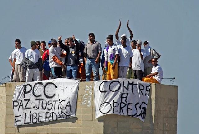 Há 15 anos, São Paulo teve 'lockdown' durante ataques de facção e revide de policiais