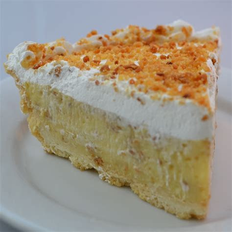 Tropical Cakes: Haupia, Mango, Chantilly, Guava, Pineapple
