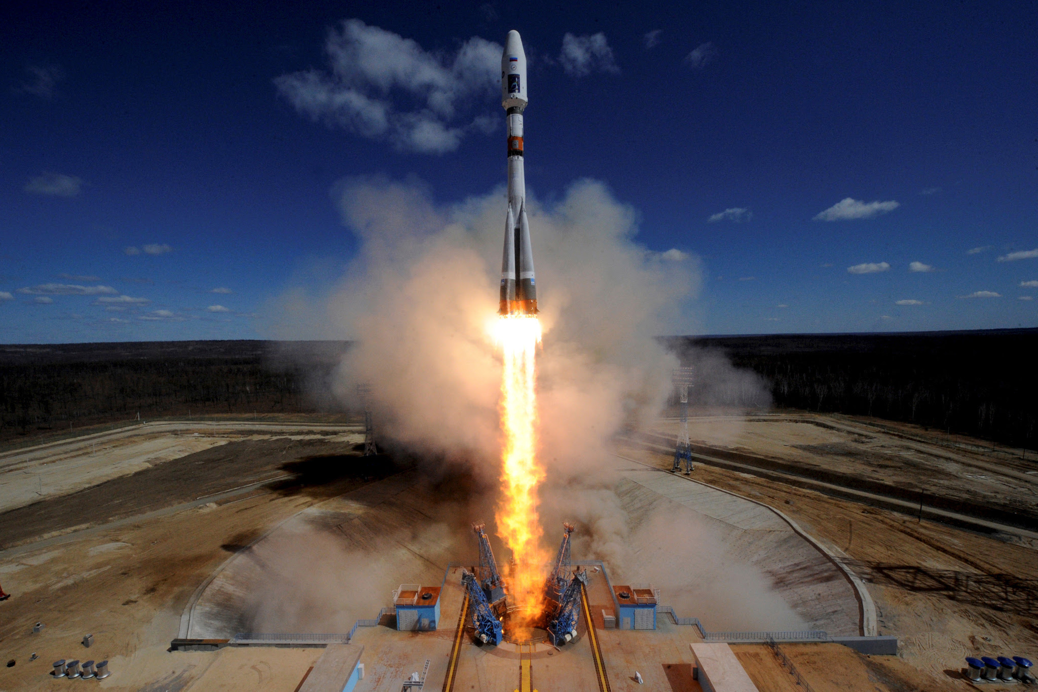 A Russian Soyuz 2.1A rocket carrying Lomonosov, Aist-2D and SamSat-218 satellites lifts off from the launch pad at the new Vostochny cosmodrome outside the city of Uglegorsk, about 200 kms from the city of Blagoveshchensk...A Russian Soyuz 2.1A rocket carrying Lomonosov, Aist-2D and SamSat-218 satellites lifts off from the launch pad at the new Vostochny cosmodrome outside the city of Uglegorsk, about 200 kms from the city of Blagoveshchensk in the far eastern Amur region, Russia April 28, 2016.  REUTERS/Kirill Kudryavtsev/Pool
