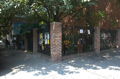 Hoyt Street Garden, Boerum Hill, Brooklyn