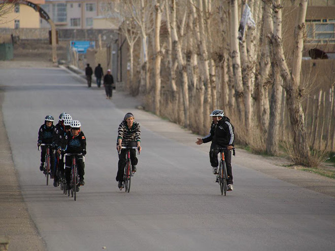 adventure journal afghan womens cycling team 02