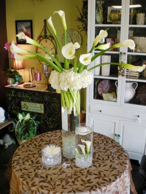 Best 25  Calla lily centerpieces ideas on Pinterest   Lily