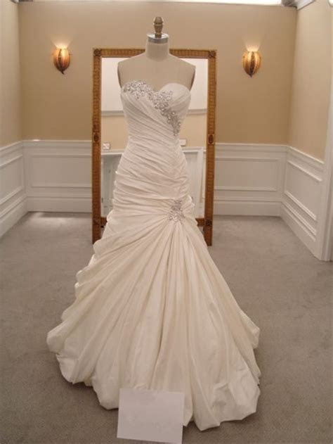 Pnina Tornai wedding dress I could never afford this but