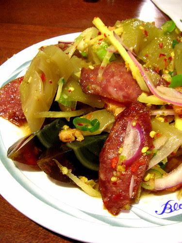 ruen pair spicy combo salad
