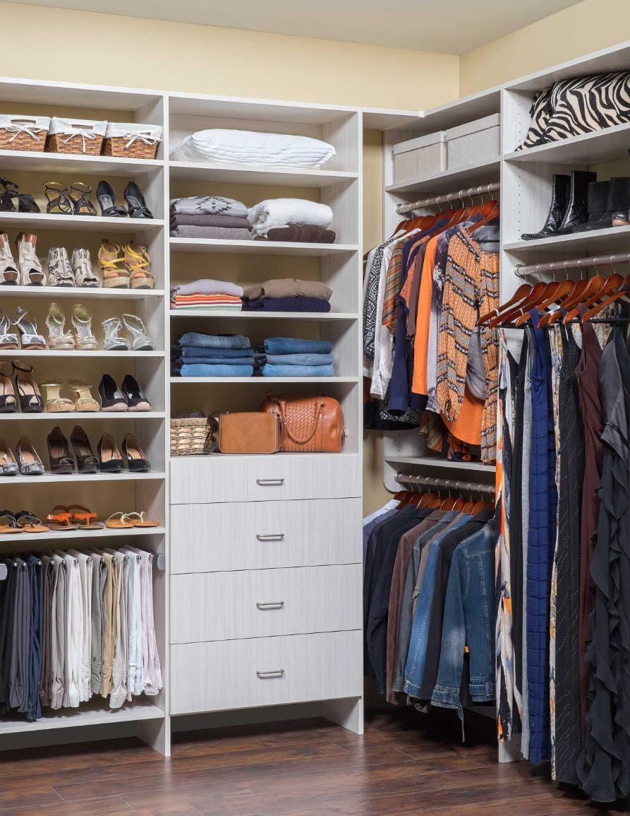 Aurora Il Walk In Closet Organizers The Garage And Closet Beyond
