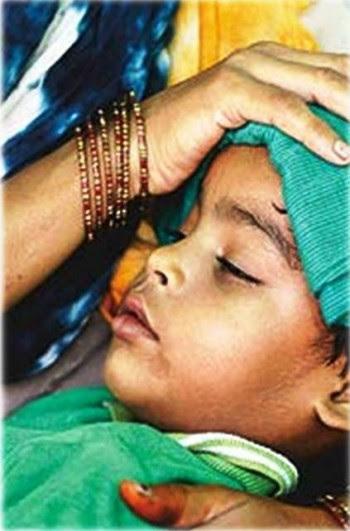 5. Rapid Climb of High Fever e1316539372340 10 Dengue Fever Symptoms