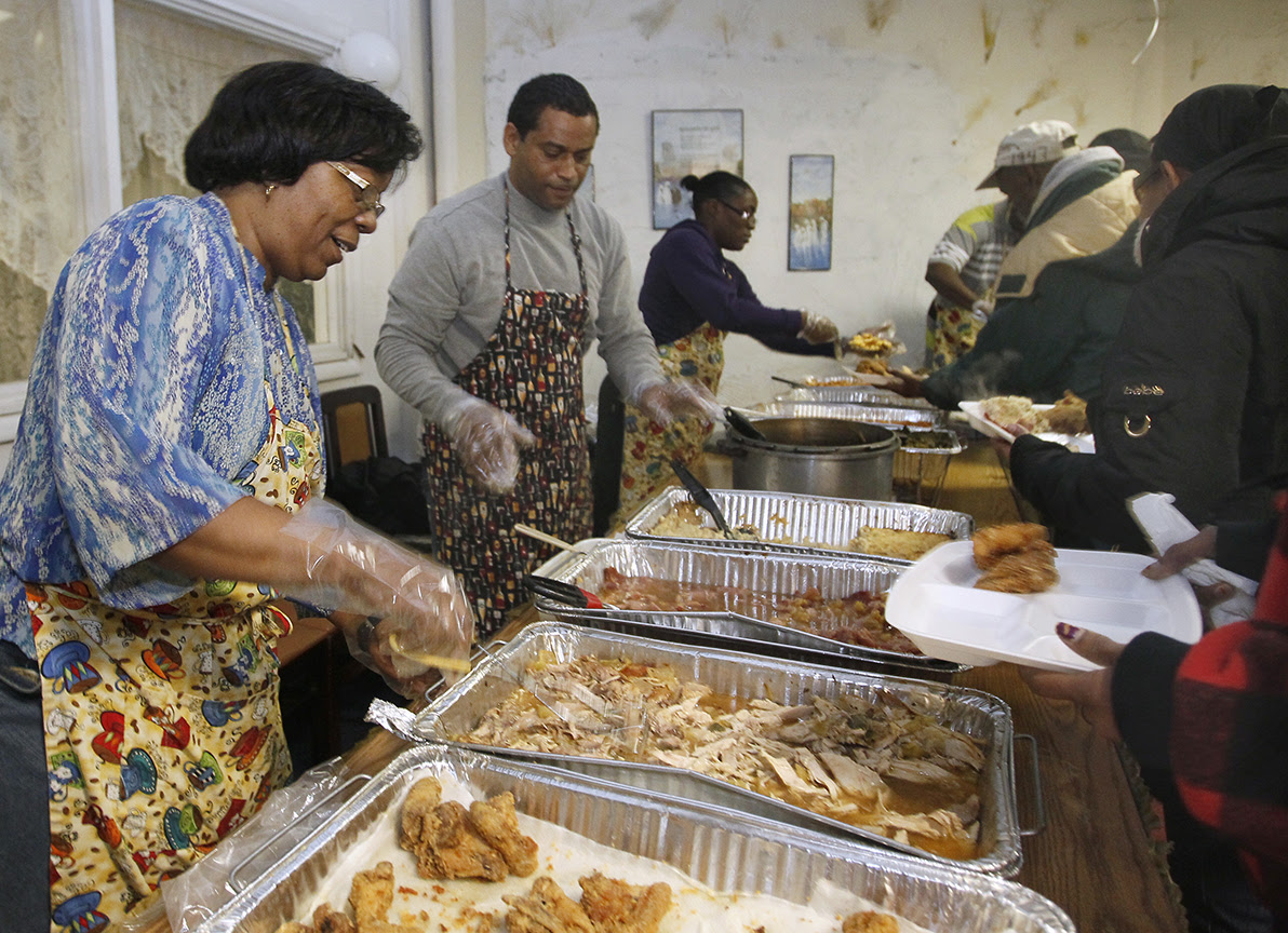 Church meals a holiday tradition - The Blade