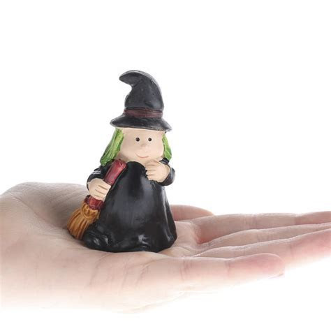 Miniature Nice Witch   Halloween and Fall Miniatures