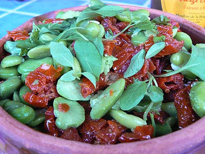 fèves, tomates séchées et basilic.jpg