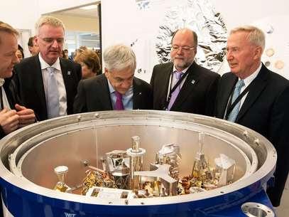 A inauguração foi acompanhada pelo presidente do Chile, Sebastián Piñera, e autoridades de diversos países Foto: ESO / Divulgação