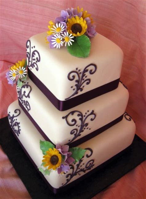 Purple White Yellow Square Wedding Cakes Photos & Pictures