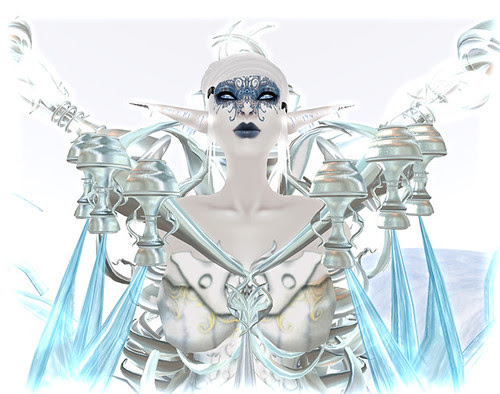 Ruina the Ice Queen wishes you a Merry Twist-mas