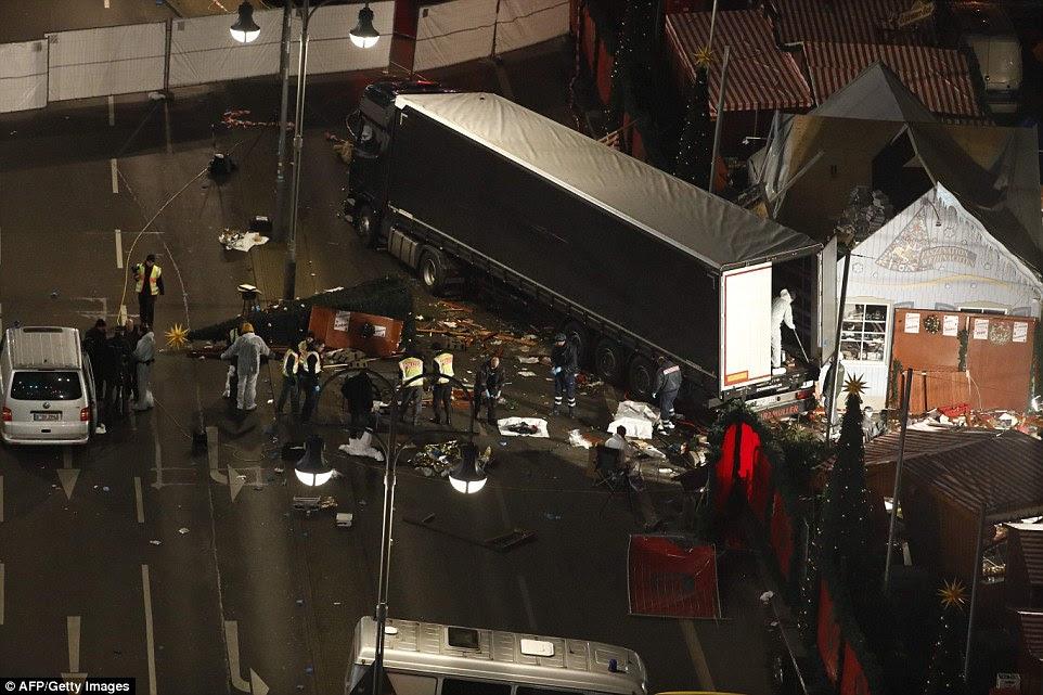 Evidência: O sistema de camiões rastreador diz que foi iniciado e interrompido repetidamente após o sequestro, o que sugere o motorista estava aprendendo a movê-lo