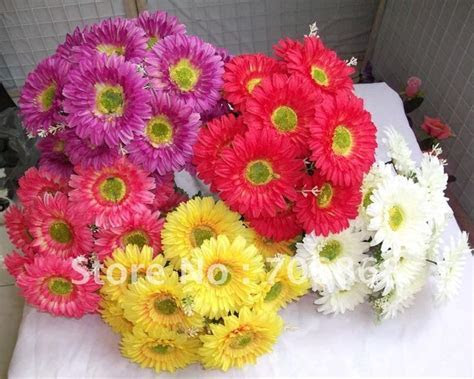 Gerbera Daisy Wedding Bouquet Cost   Ideas and tips for
