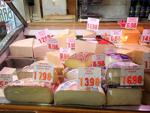 Cheese-Counter-Lucca_5395