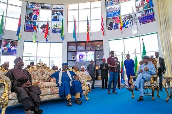ROCHAS OKOROCHA VOWS NOT TO HAND OVER POWER ON MAY 29TH AFTER CONFIDENCE FROM GBAAJABIAMILA VISIT... SEE DETAILS