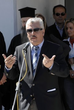 Βουλευτής:Αντί να μας κατηγορείτε που ψηφίσαμε τα μέτρα, μας κατηγορείτε που ξύνουμε τα @ρχίδι@ μας