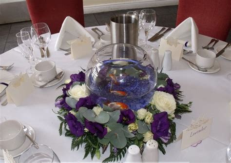 Fish Bowl Centerpieces   table centerpieces decorations