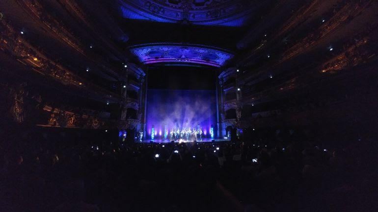 La comparas 'La Eternidad' interpreta su presentación en el gran teatro del Liceo de Barcelona