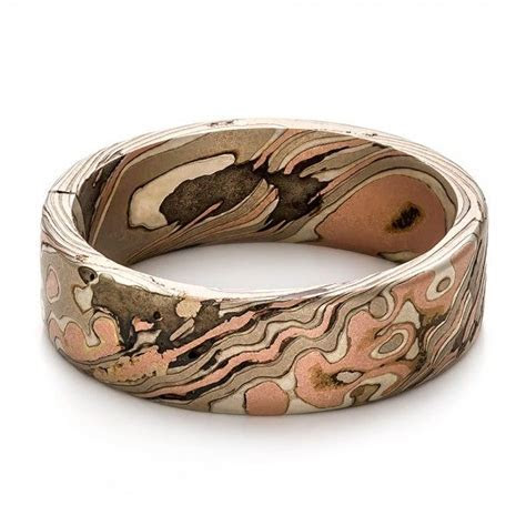 One of the coolest men's wedding rings I have ever seen