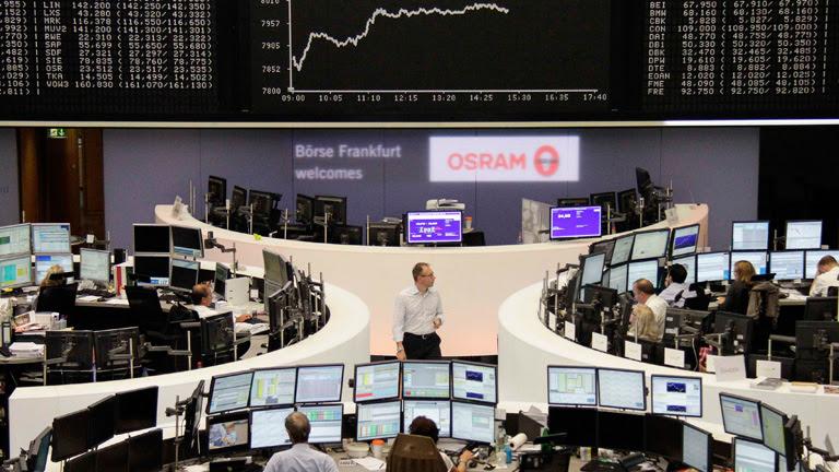 Las Bolsas europeas cierran al alza animadas por el acuerdo sobre el rescate a Grecia
