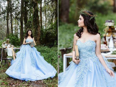Alice In Wonderland Themed Wedding Dress