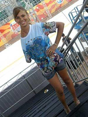 A modelo Thaynara Ramos, que perdeu o braço após ter um câncer e vai desfilar no carnaval do DF pela Aruc (Foto: Thaynara Ramos/Arquivo pessoal)
