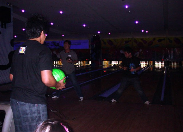 funky bowling sm moa 4