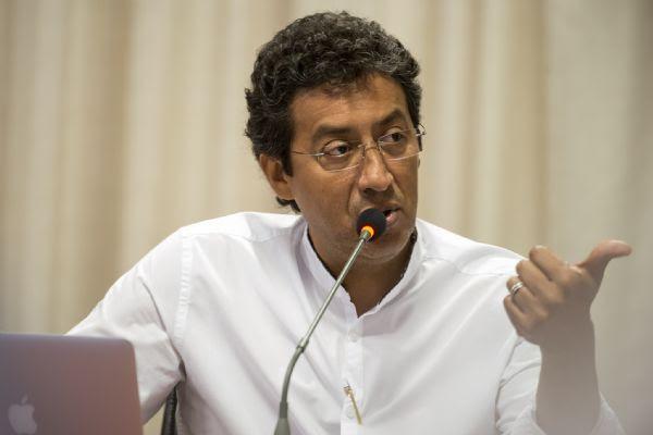 Secretário de Saúde nega deixar pasta e atribui 'boatos' àqueles que são contrários a medidas rigorosas