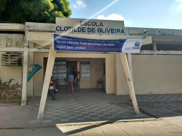 Apenas um professor deve dar aula em escola de Casa Amarela (Foto: Penélope Araújo/G1)