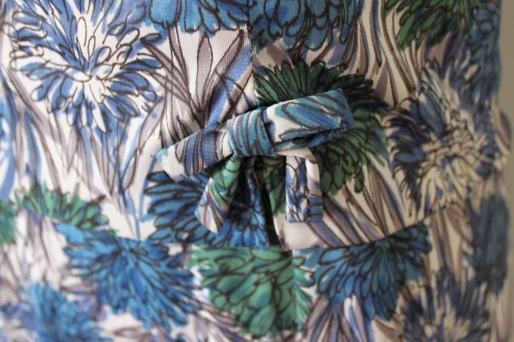 Vintage early 1960s 60s late 1950s 50s floral novelty print 2 piece dress suit top blouse shirt mad men s m