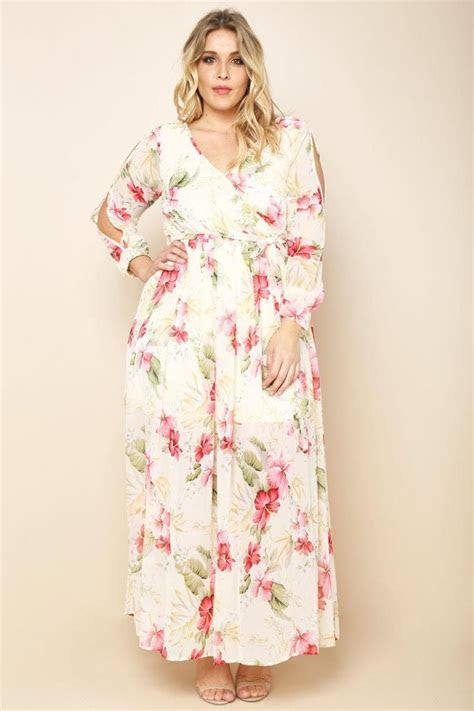 Best 25  Plus size dresses ideas on Pinterest   Girls plus