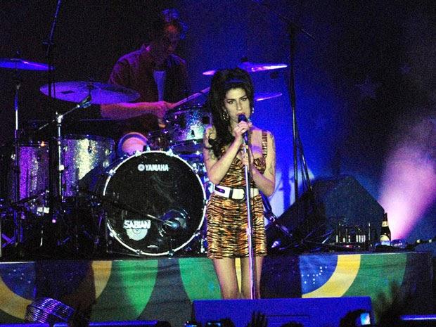 Da série Notícias Repetitivas: Amy Winehouse se interna novamente em clínica de reabilitação