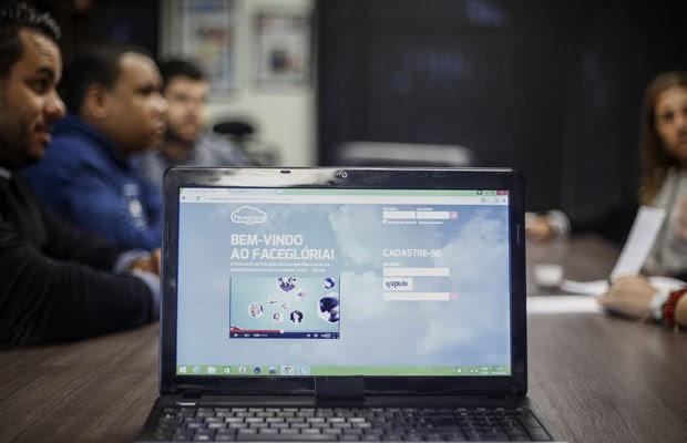 Facebook e dono do FaceGlória levam briga por marca à Espanha